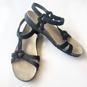 Teva Ventural Cork Black Suede Sandal Size 10